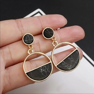 Jewelry - *3 for $10* New - black marble geometric earring